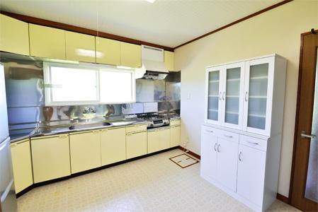 北檜山区二俣研修住宅キッチン